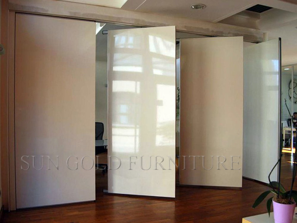Folding Movable High Quality Wood Partition Wall (SZ-WS613)
