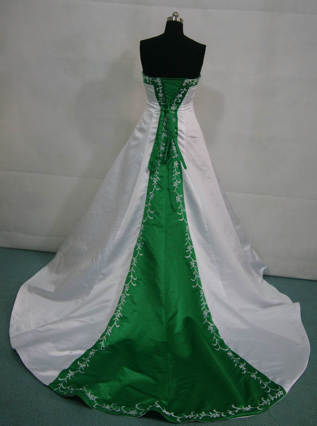 China color accent wedding dresses green red blue bridal for Blue green wedding dress