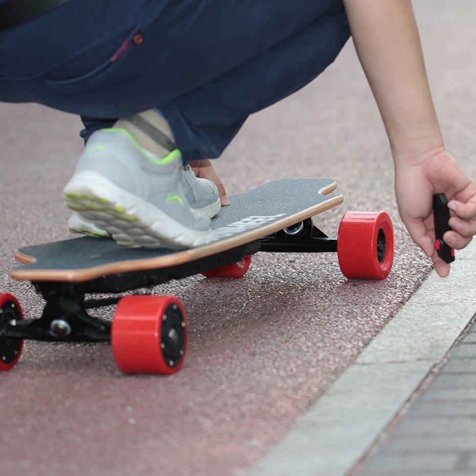 Factory Wholesale Koowheel E Longboard Electric Skateboard