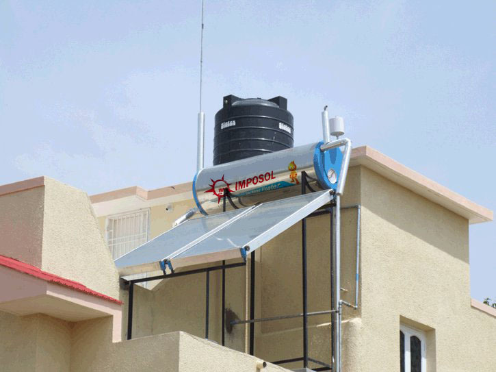 Greenhouse on Rooftop Flat Plate Solar Hot Water Heater/Solar Panel