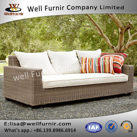 Well Furnir 4 Piece Sectional Seating Group with Cushions J006