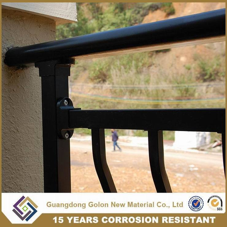 Bent New Style Balcony Railings with Ornament