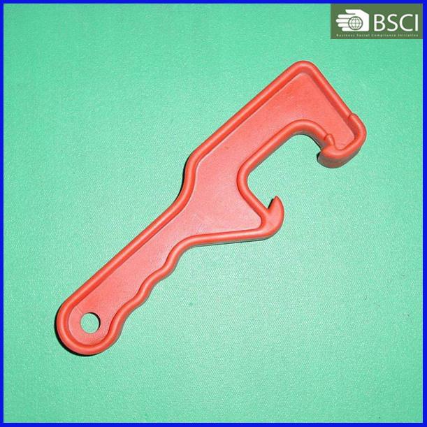 PT-Op-002 Plastic Bucket Opener Painting Tool