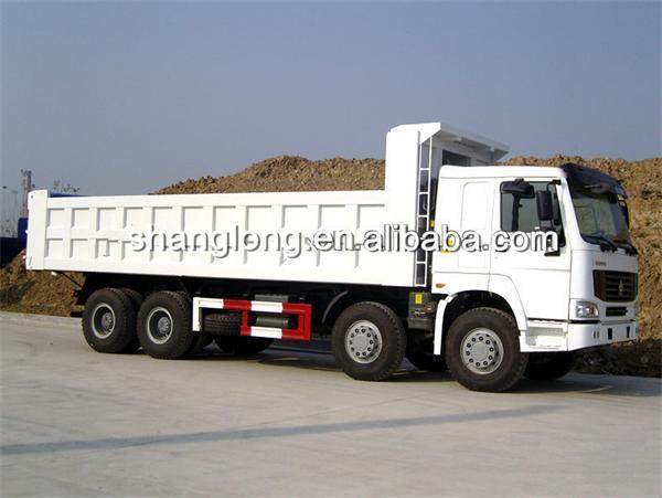 HOWO 8X4 Dump Truck / Tipper Truck in Promotion (ZZ3317N3867C1)