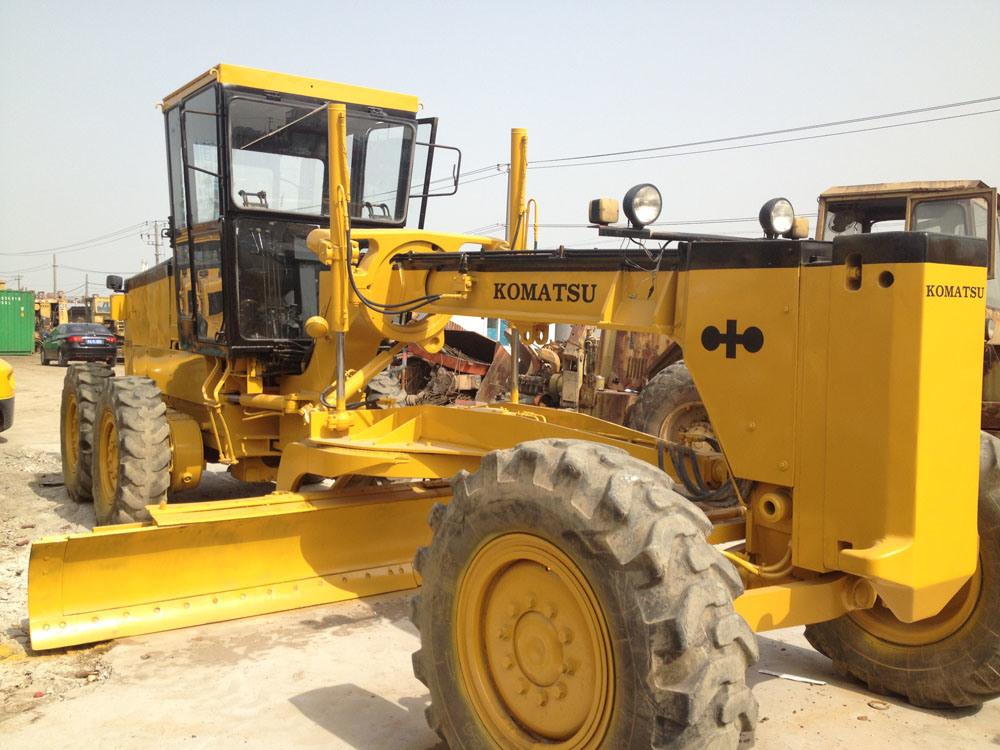 China Used Komatsu Grader Gd511 Used Komatsu Gd511 Motor