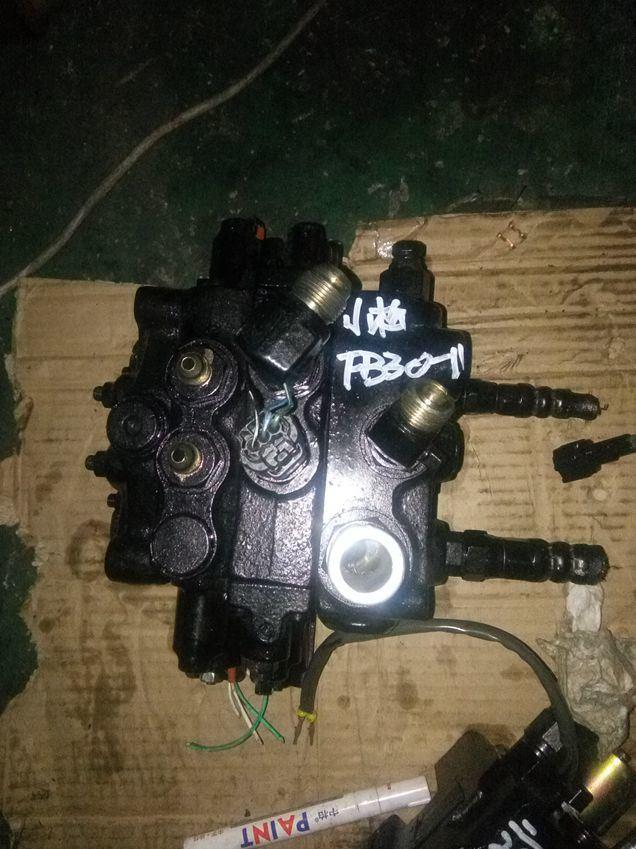 for Nissan Lo2 Steering Cylinder for Forklift