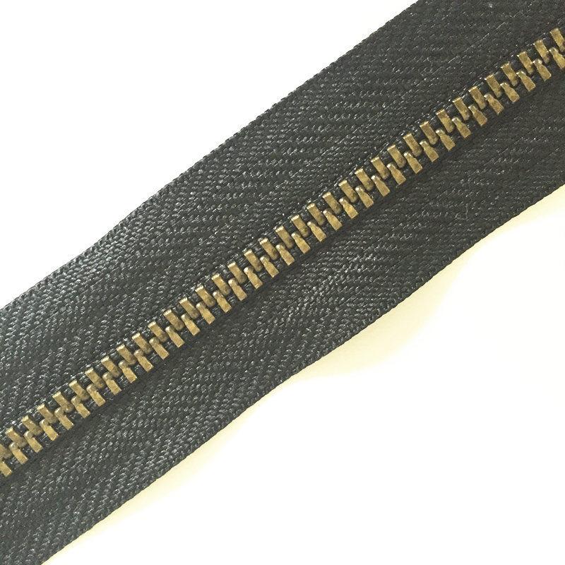 Different Finish Teeth Metal Zipper Y Teeth Long Chain