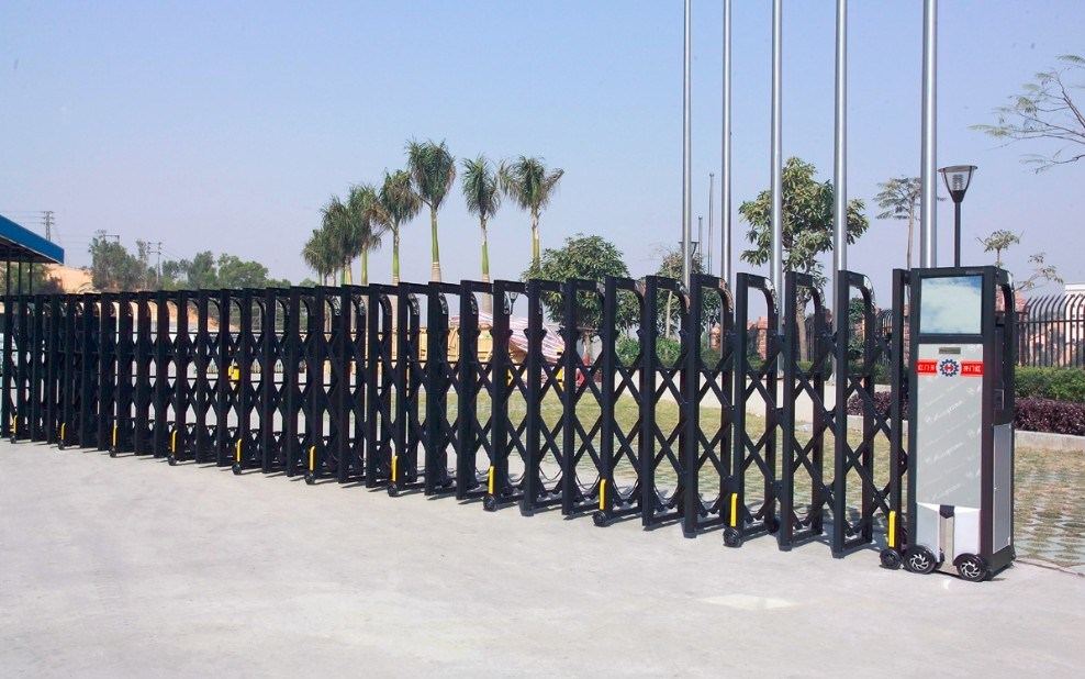Industrial Retractable Gates : China iron retractable gate p h metal