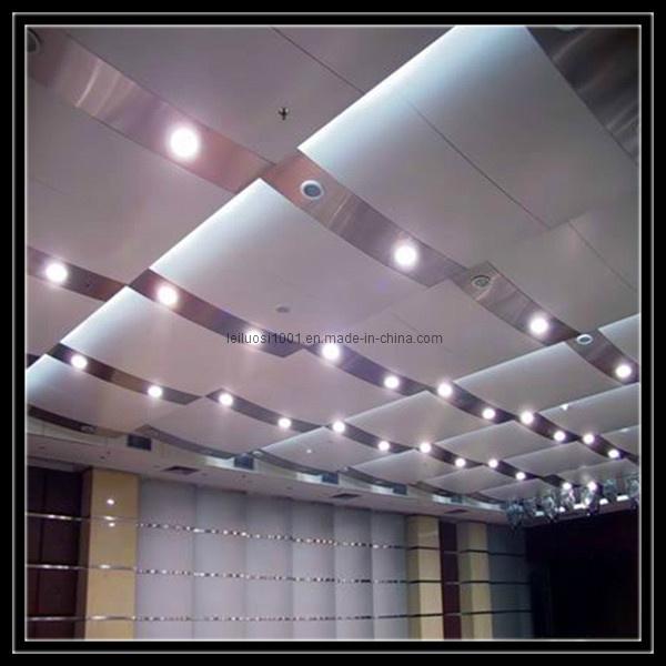 Plafond suspendu en aluminium de forme de vague plafond for Plafond suspendu moderne