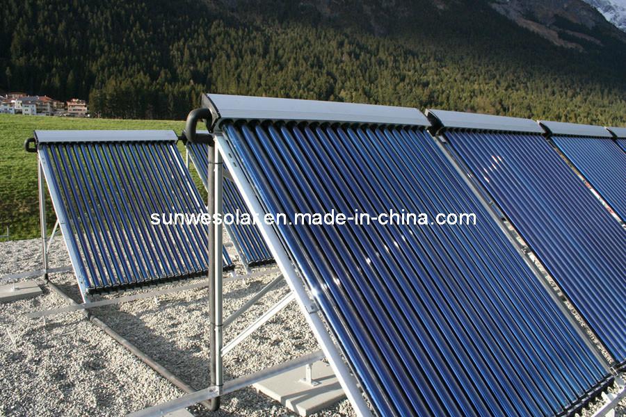 Colector solar de la pipa de calor para la piscina for Piscinas domesticas