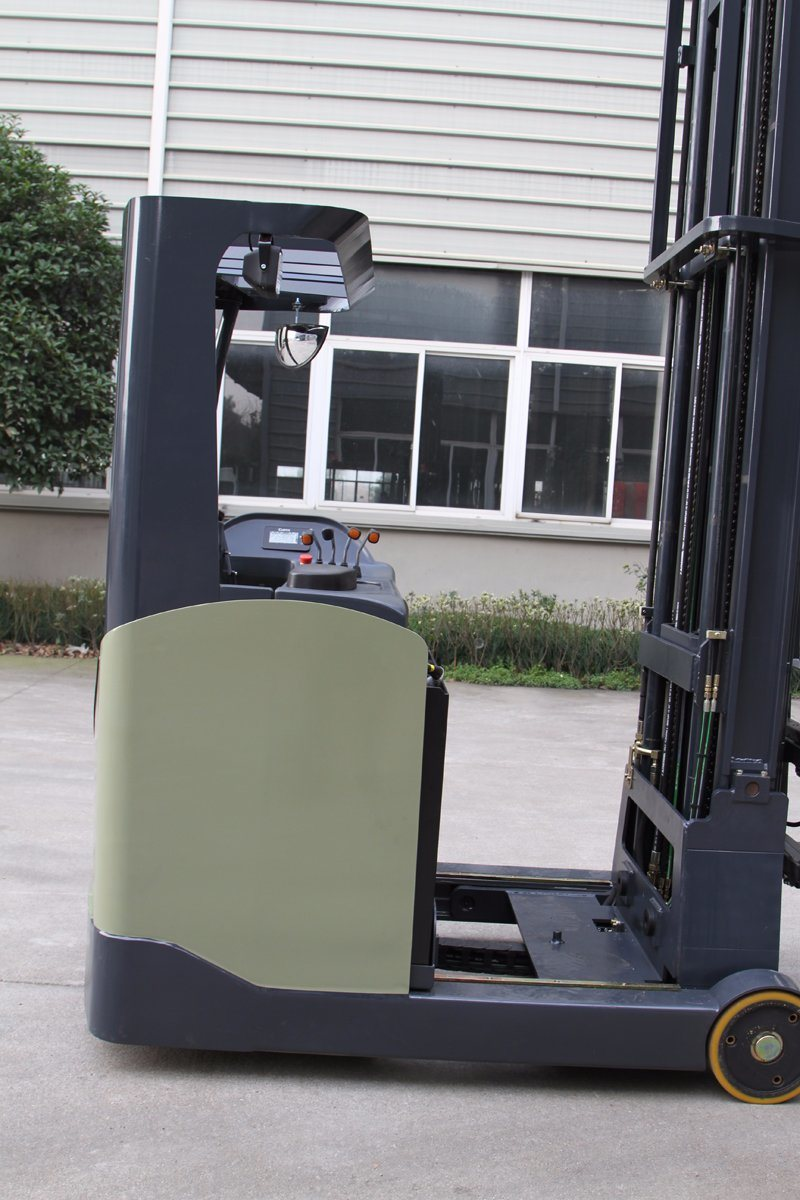 Sit-on Narrow Electric Reach Forklift Truck 1.8t