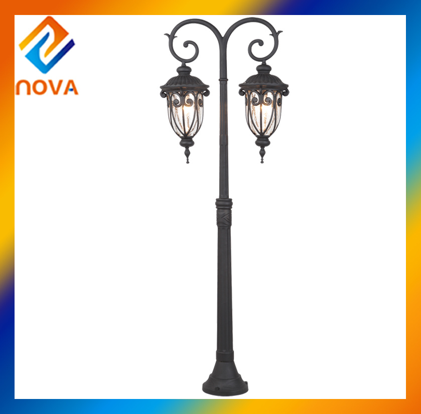 China Manufacturer Retro IP44 Garden Double Heads Outdoor Light
