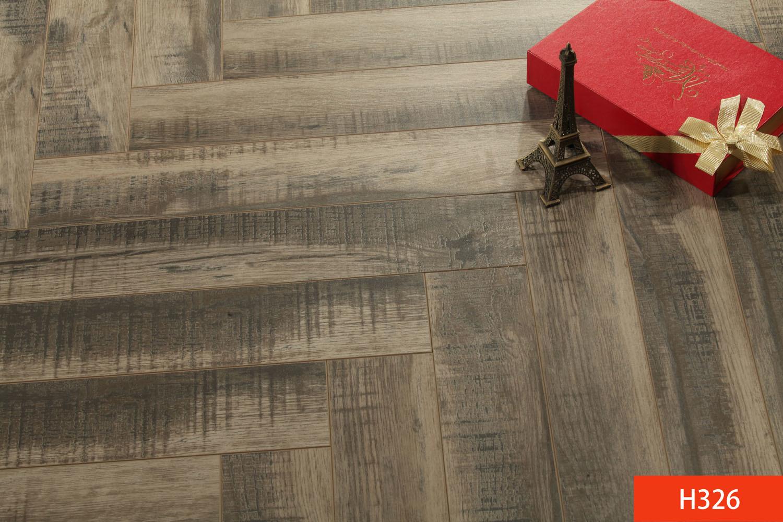 HDF Harringbone Laminated Flooring Laminated Floor AC3