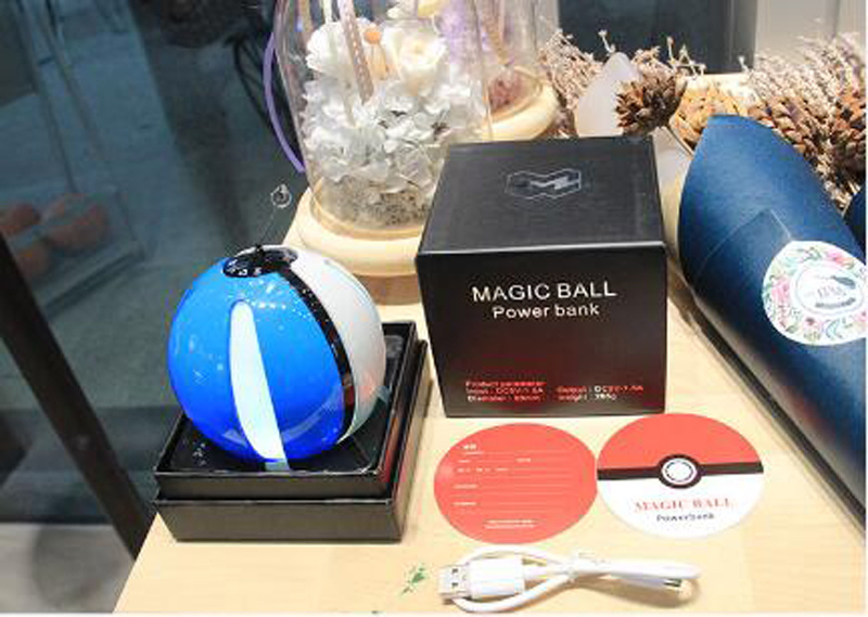 2016 New Design 10000mAh Pokemon Go Pokeball for Pokemon Go Game Power Bank