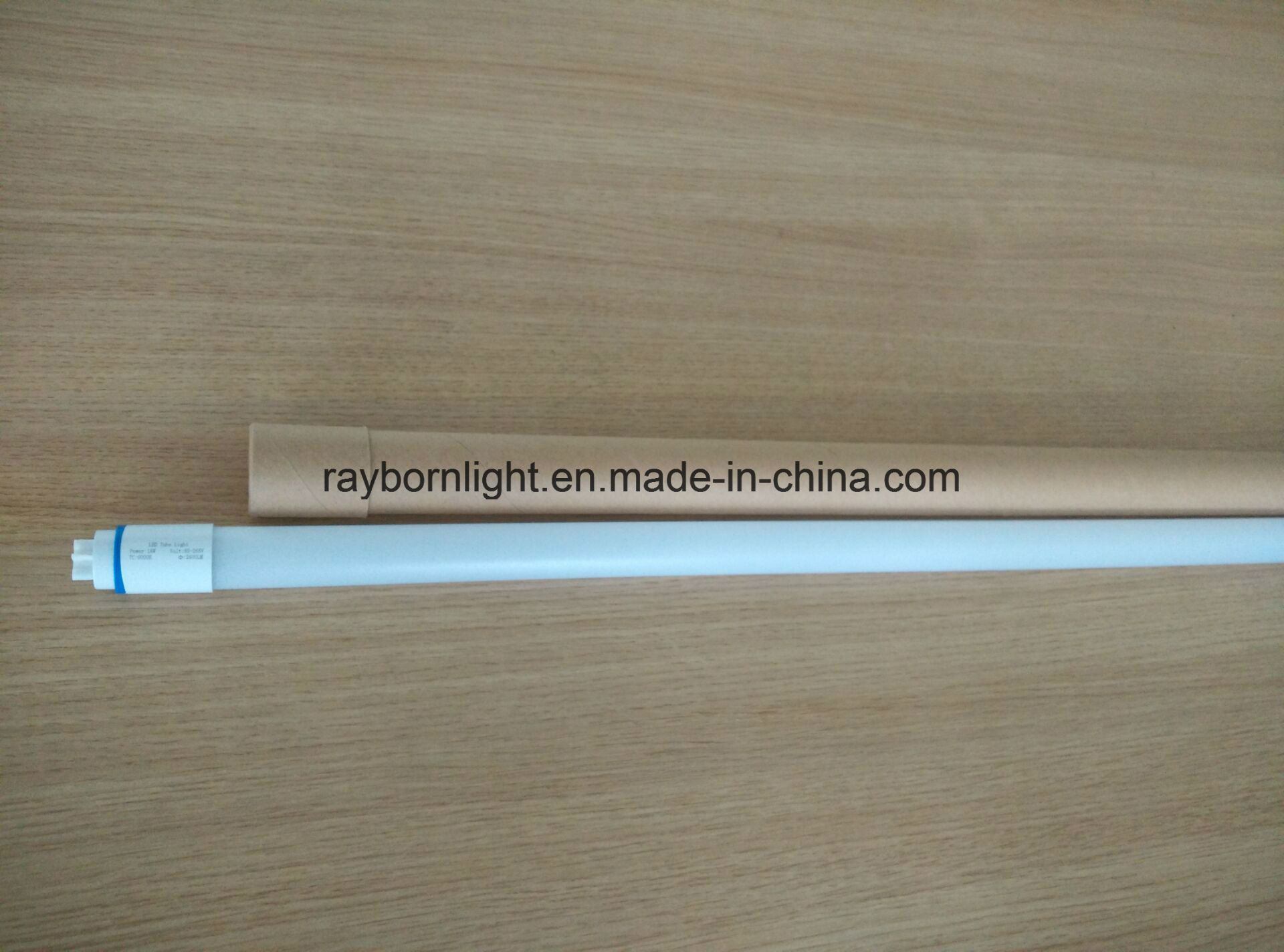 T8 LED Light Tube to Replace Conventional Fluorescent Tube