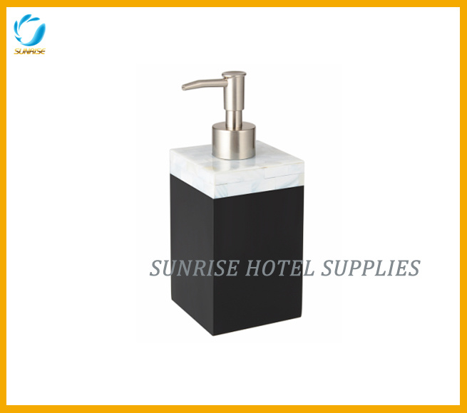 Polyresin Bathroom Accessories Set with Black Finish
