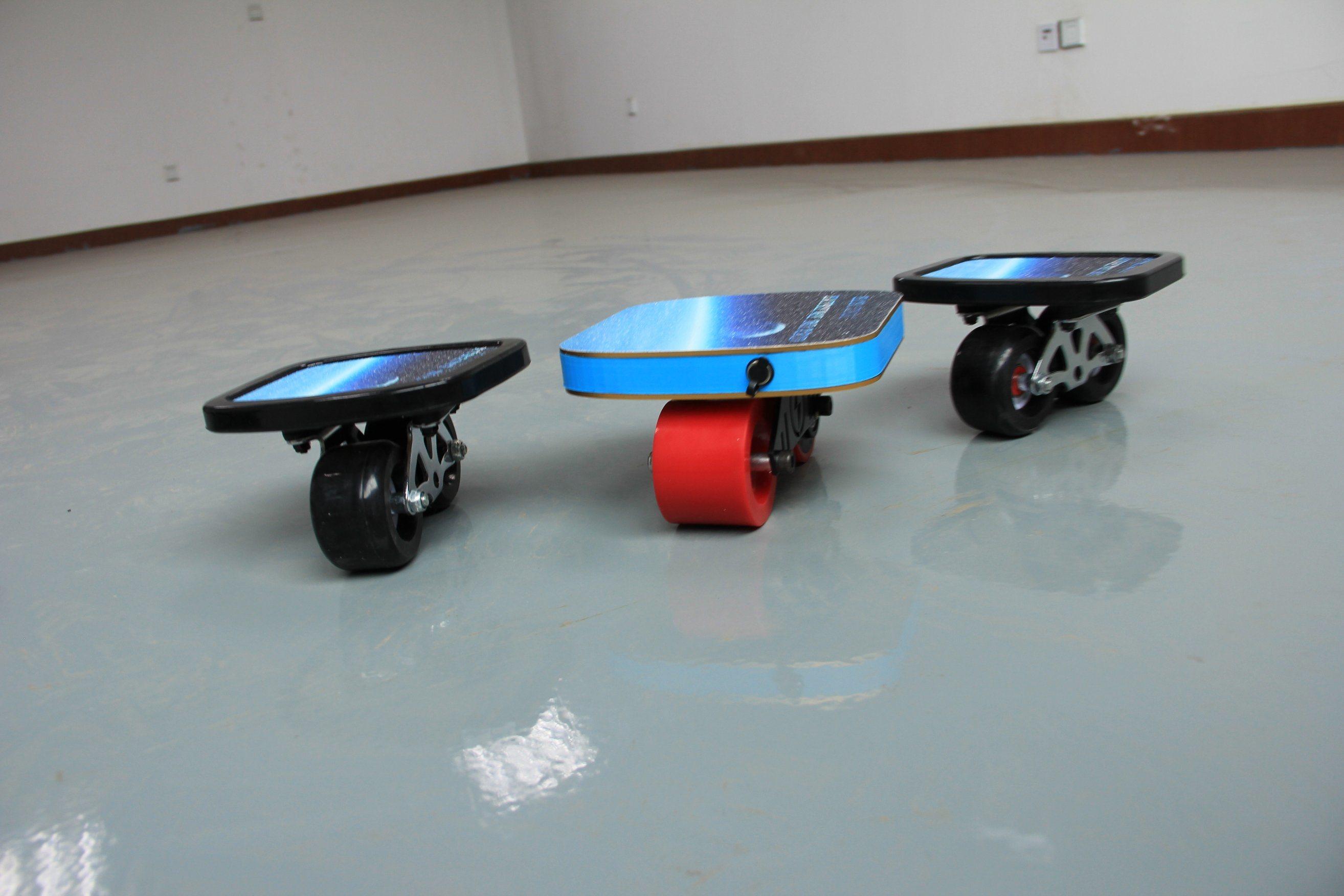 2017 New Design Drifting Board Freeline Skates with Remote