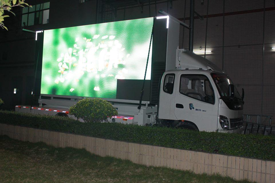 Mobile P6 Epistar Advertising Digital Billboard Display on Trailers / Trucks