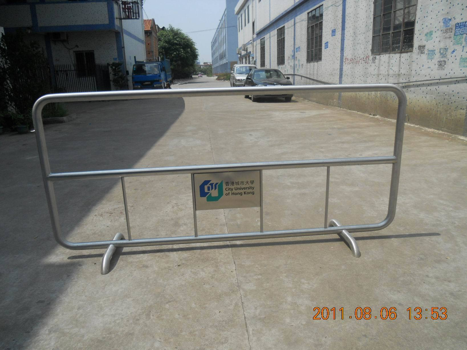 China stainless steel barricade gm