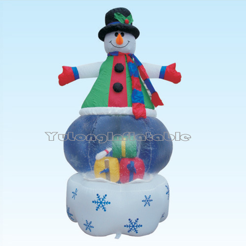Airblown inflatable christmas decorations photograph for Airblown christmas decoration