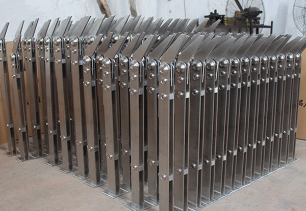 Titanium and Sanding Finish Stainless Steel Stair Railing Pillars