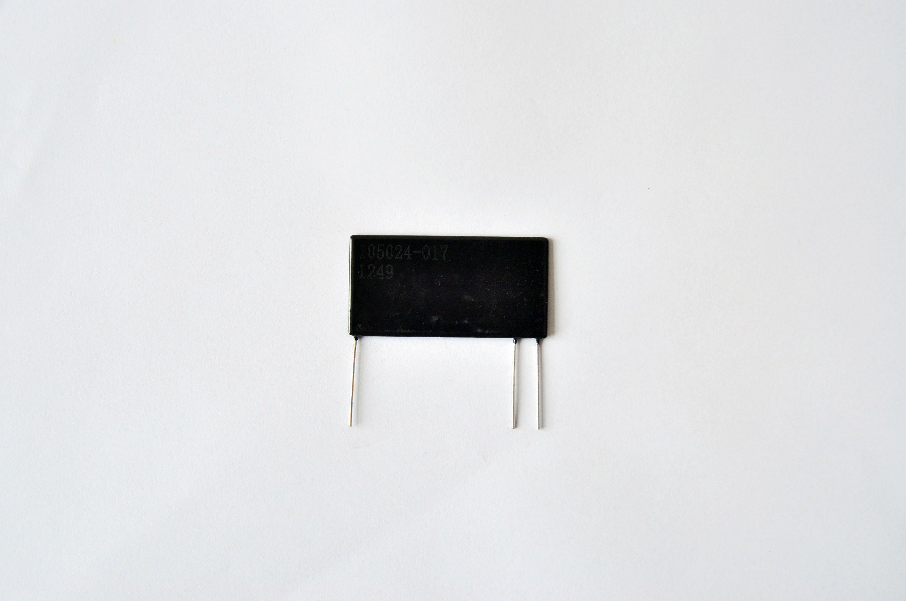 Flat High Voltage Divider