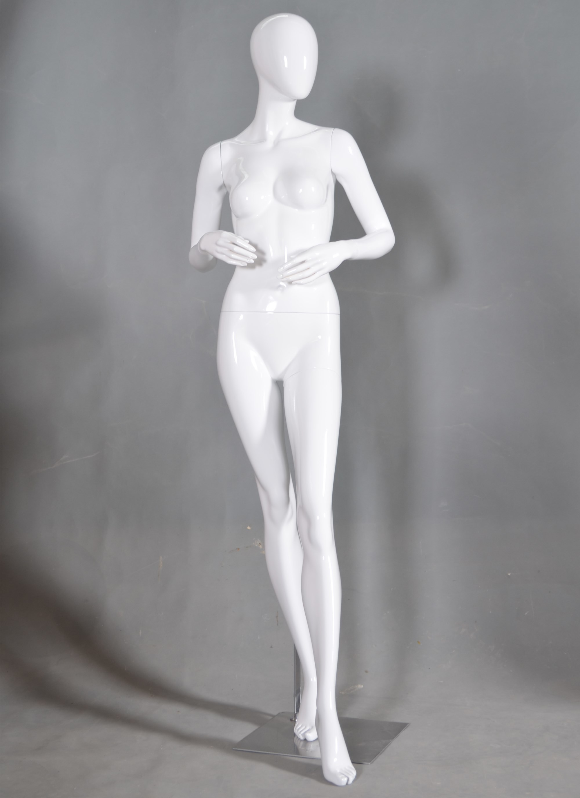 ODM Fashion Female Mannequin for Boutique Display