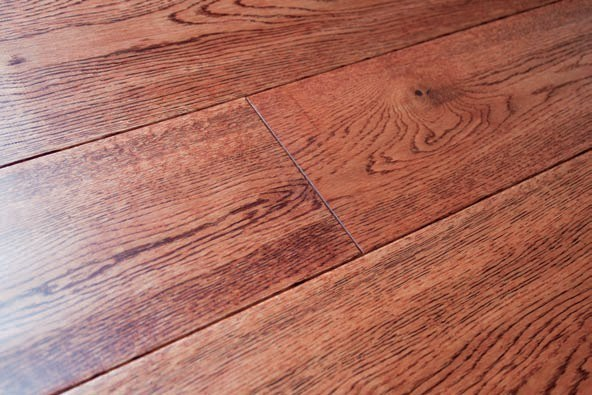 Three Layer Oak Solid Wood Flooring-Handscraped-Gunstock Color