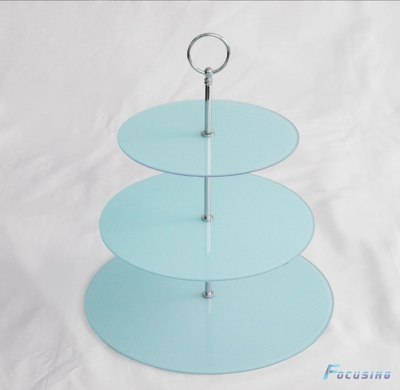 China blue color 3 tier round tempered glass cake stand for Colored glass cake stand