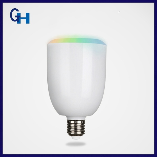 China Supplier Colorful Music Playing Bluetooth Bulb Speaker with mobile Phone
