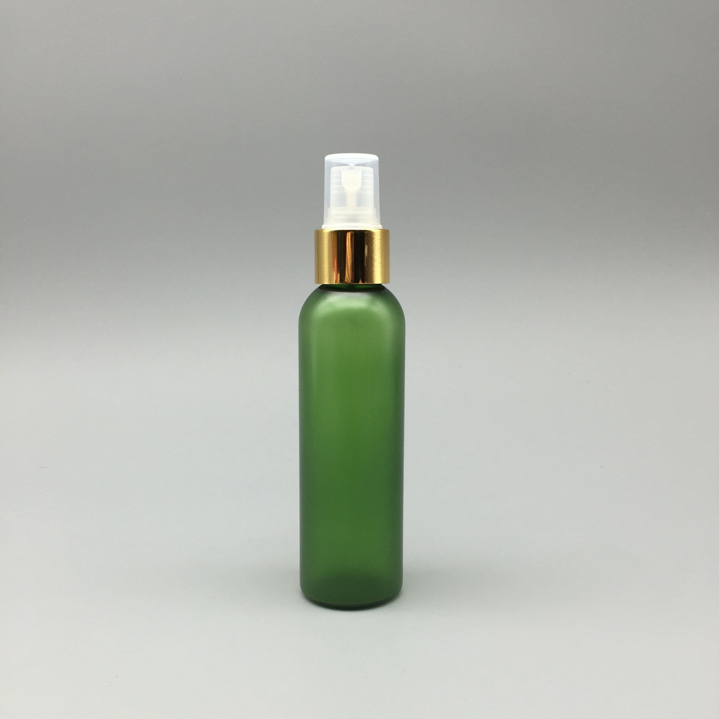 120ml Pet Bottle in Green with Sprayer for Skin Care