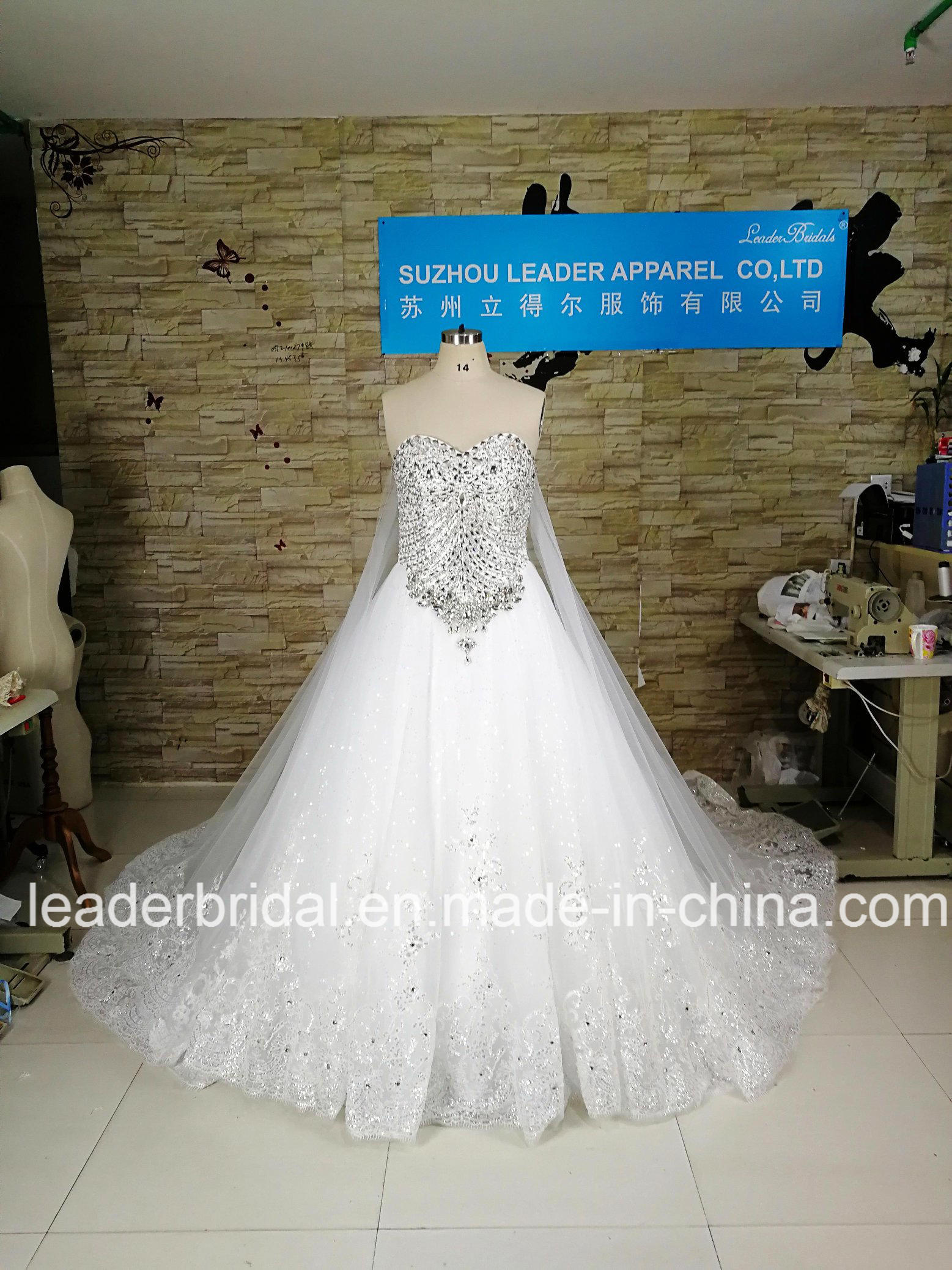 Lace Bridal Ball Gown Luxury Crystal New Wedding Dress 2017 H13361