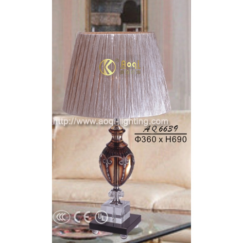 Modern Crystal Table Lamp (AQ6639)