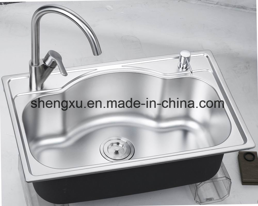 Stainless Steel Handmade Kitchen Sink with Soap Container (SX-H6843)