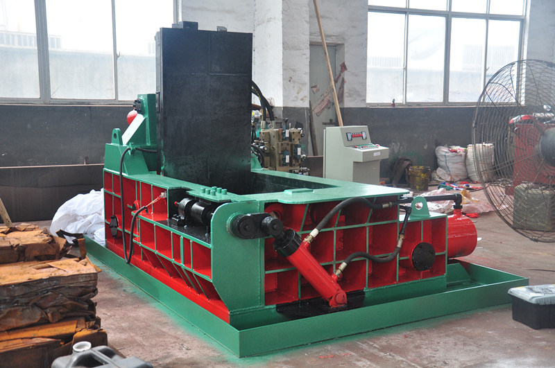 Baler for Metal Hydraulic Baler Scrap Metal Baler Recycling Machine Recycling Equipment (YDF-130A)