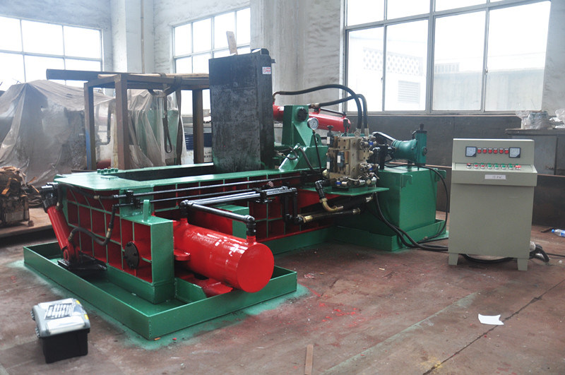 Baler for Metal Hydraulic Baler Scrap Metal Baler Recycling Machine Recycling Equipment (YDF-130A)