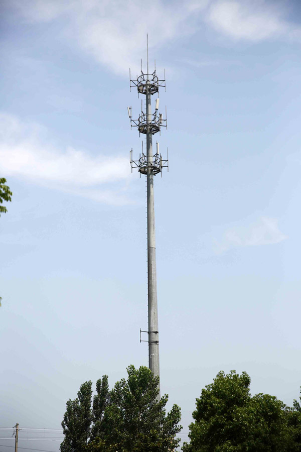 Hot DIP Galvanized Monopole Telecommunication Tower