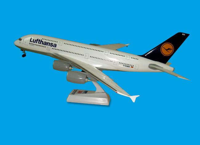 Customized Logo, ABS Material, Snap-Fit A380 Lufthansa Plane Model