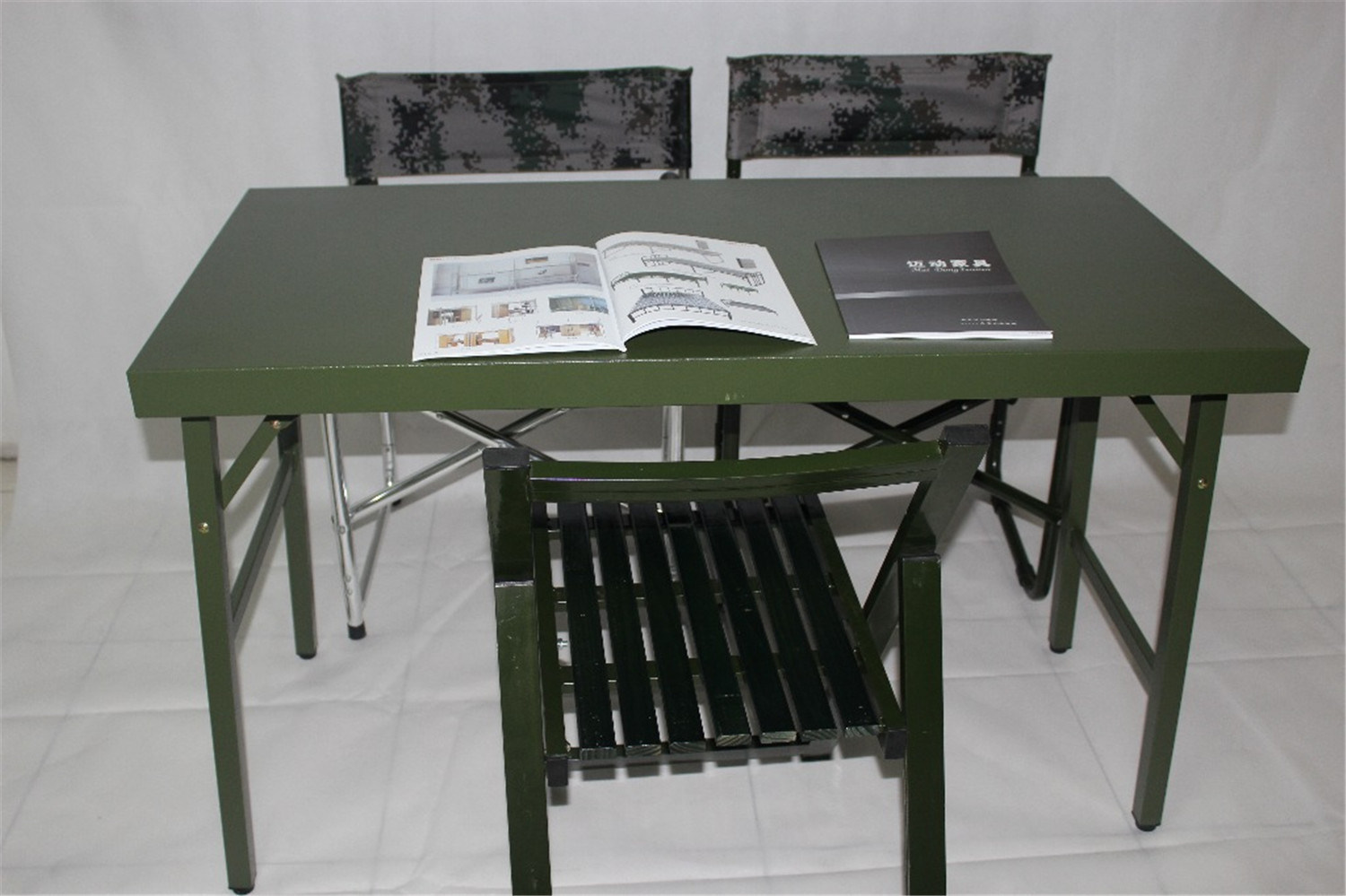 2016 Traditional Design Patent Tactical Multifunctional Militarty Use Outdoor Training Chair or Desk