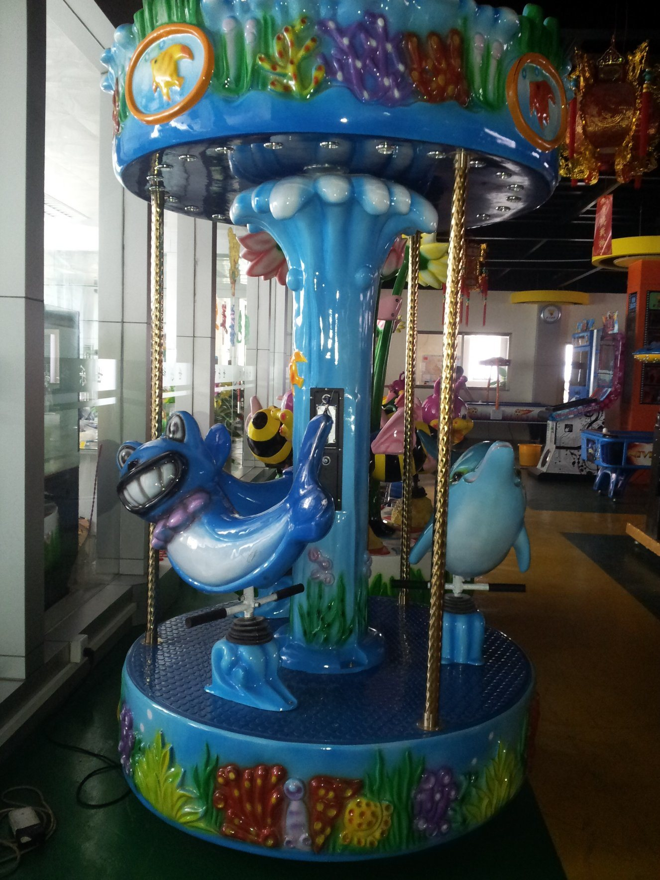 Wild Ocean Coin Operated Game Machine with Dolphin Rotating