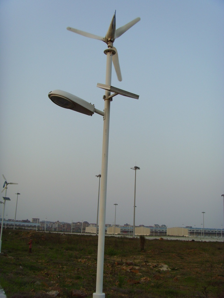 Images of solar wind hybrid system with 30w led street light ssldw30w