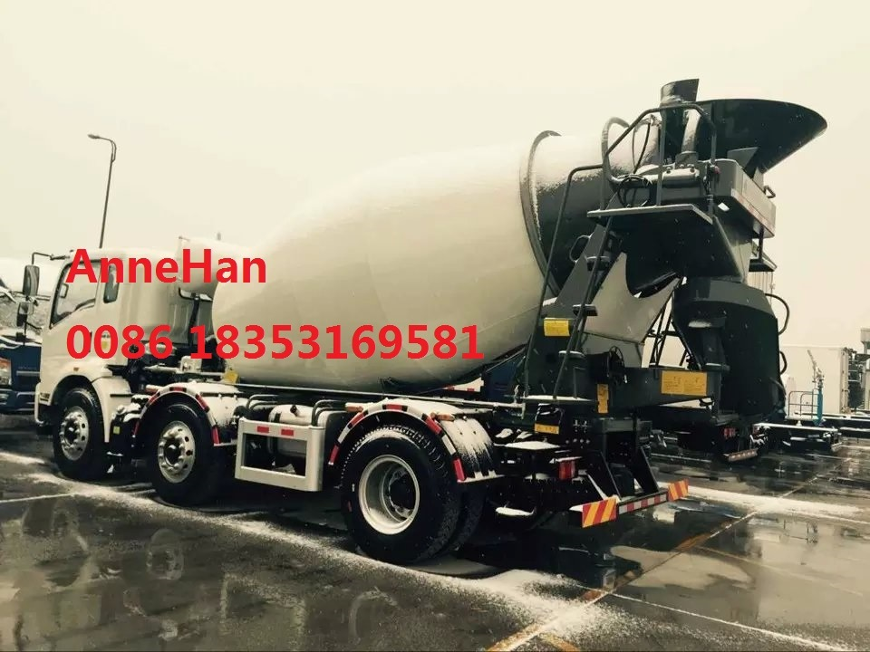 2017 New Model HOWO7 Light 3 Cubic Meters Concrete Pump Mixer Truck 15 Tons with Italy Motor Pto
