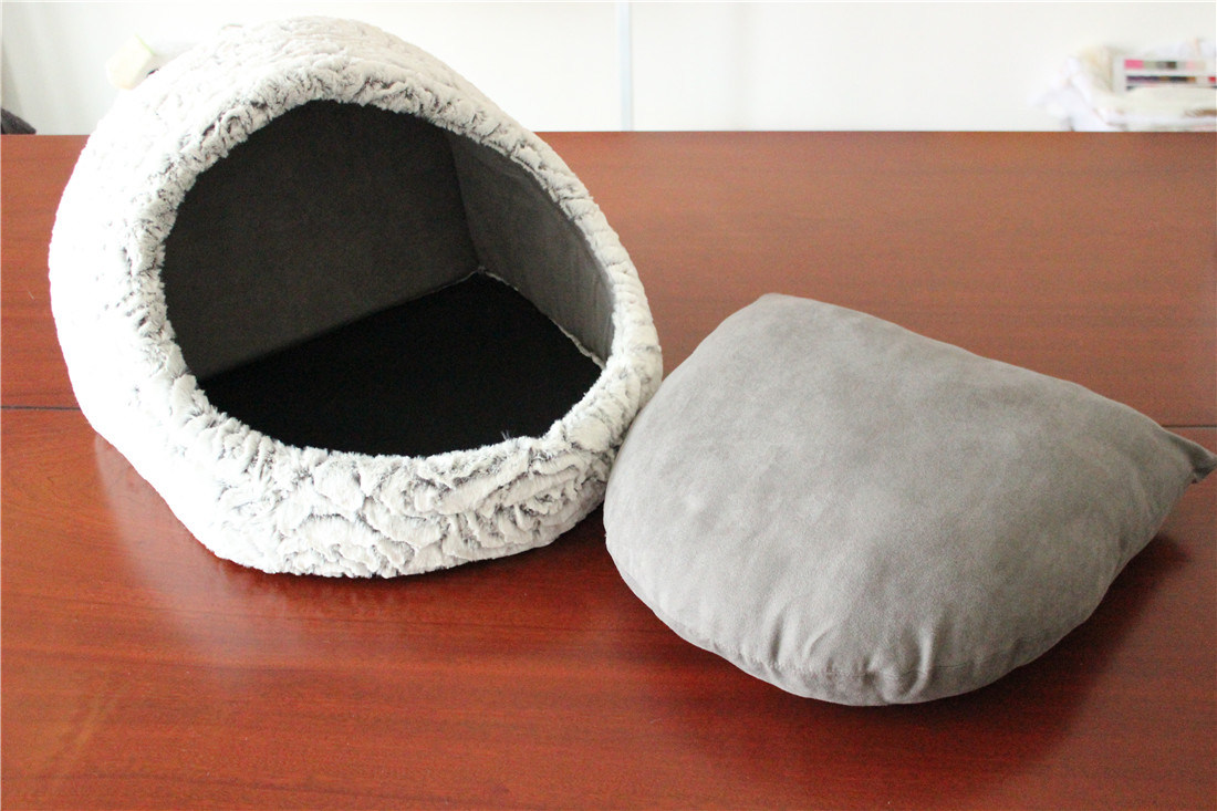 Suede Fabric Pet Products House Luxury Cat Beds with Pillow