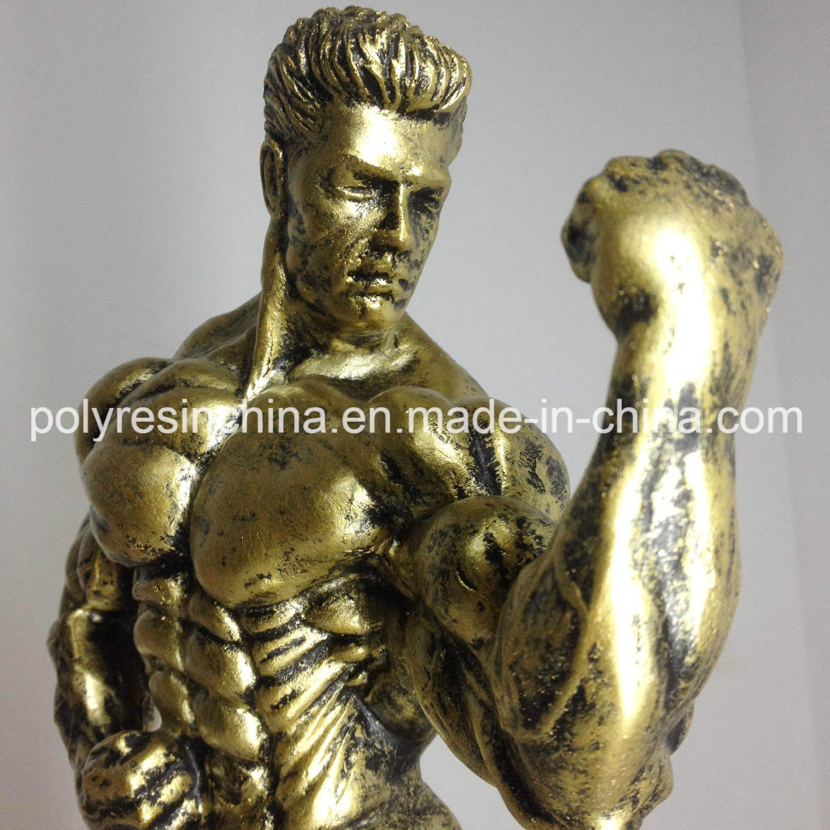 Customized Bodybuilder Statue of Resin Crafts