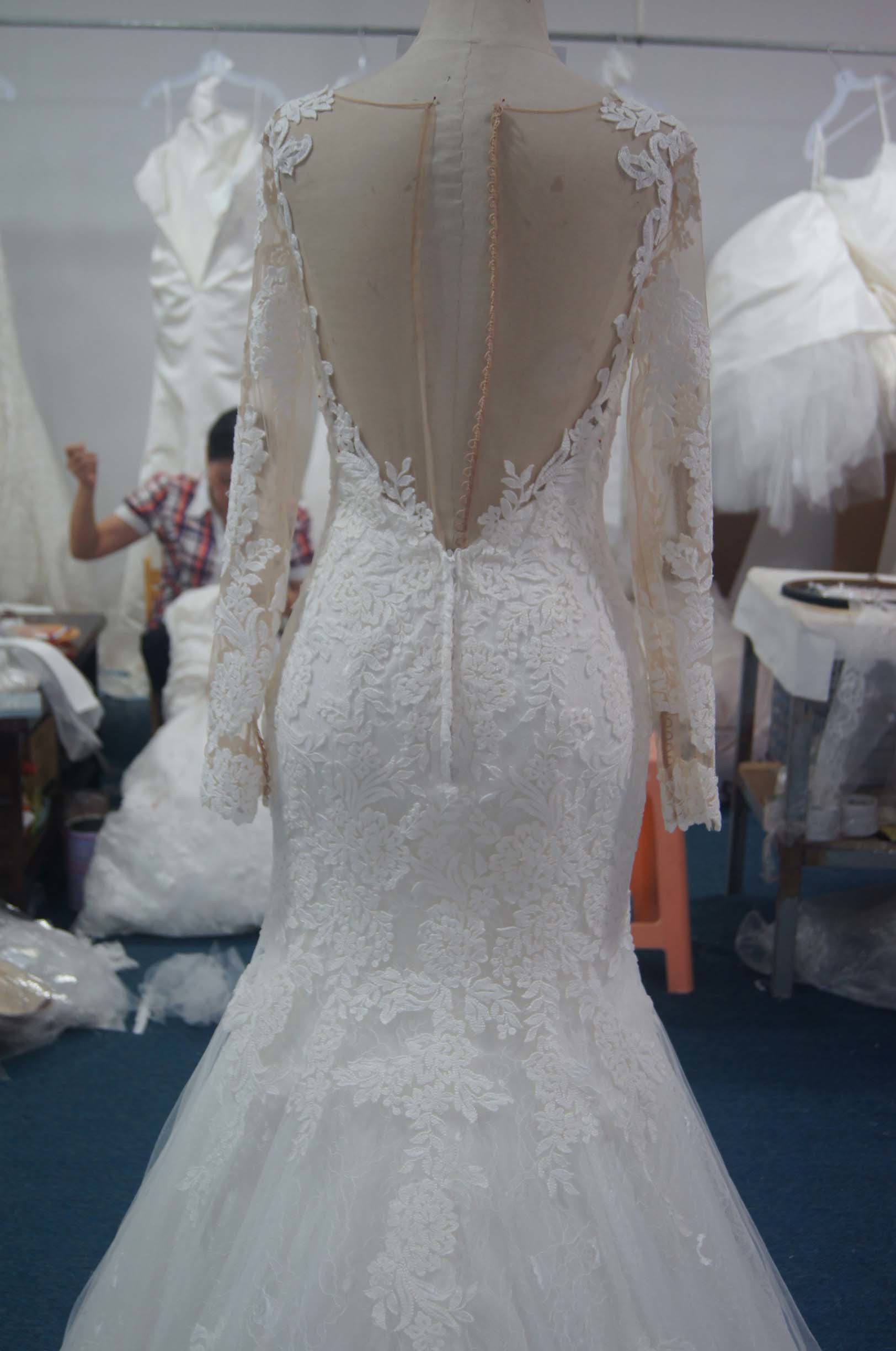 New Duchess Bridal Wedding Gown with Chanpel Train