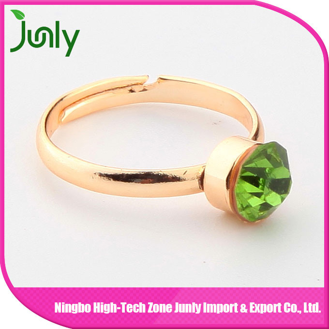 Fashion Popular Big Gold Gemstone Ring Princess Ring