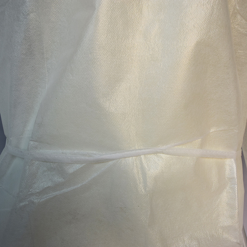 Waterproof PP+PE Isolation Gown with White Color