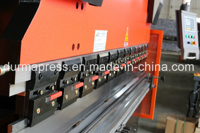 Wc67y-80t/3200 CNC Hydraulic Press Brake for Sheet Steel Bending