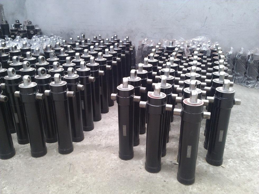 Multi-Stage Hydraulic Cylinder