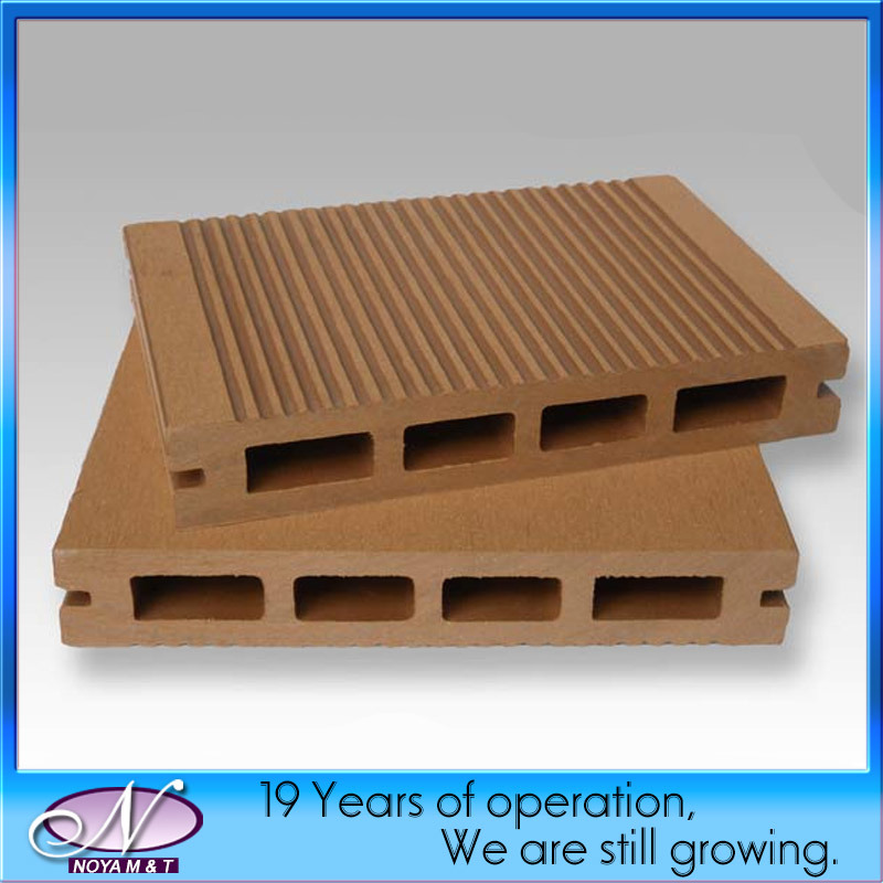 Recycled Waterproof Wood Plastic Composite WPC Decking Flooring